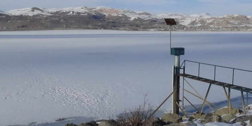 Soğukları Etkisini Kaybetmesiyle Buzlar Çözülmeye Başladı