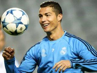MHP'li vekil adayının vaadi Ronaldo!