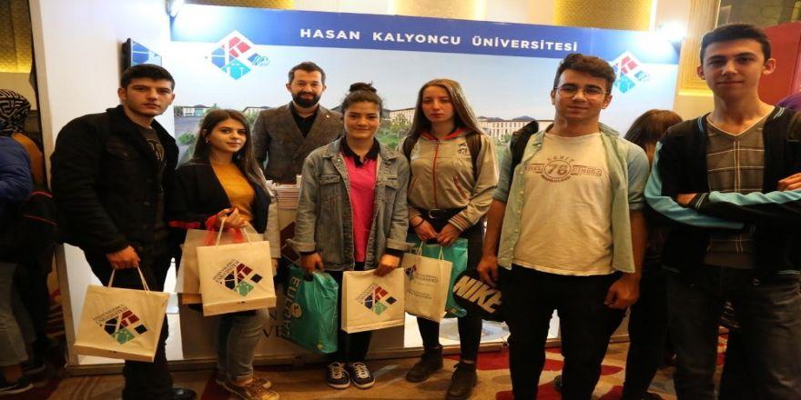 Hkü Türkiye'nin Dört Bir Yanında Üniversite Adayları İle Buluştu