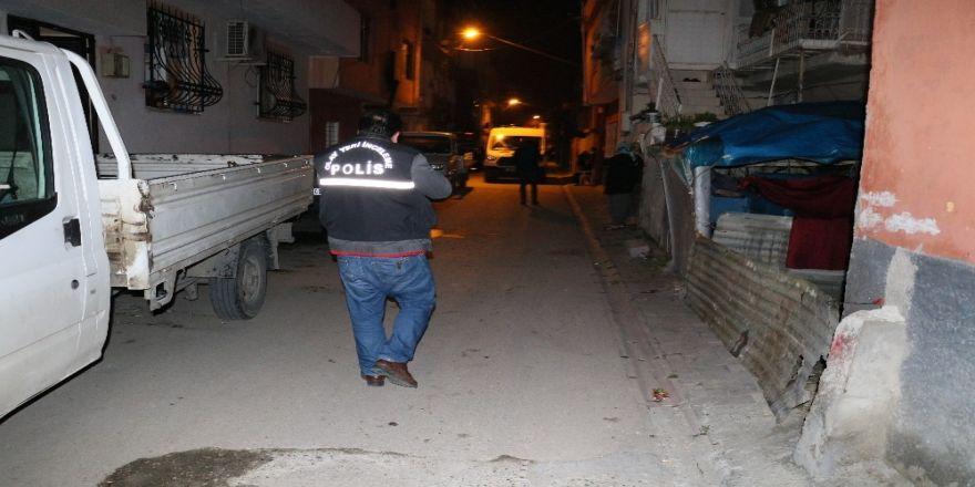 Alkollü Şahıs Ağabeyini Defalarca Bıçaklayarak Ağır Yaraladı