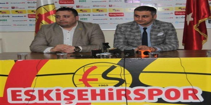 Eskişehirspor Başkanı Kaan Ay Takımın Durumunu Değerlendirdi