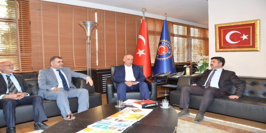 Btp Adayı Pak'tan Türk-iş'e Ziyaret