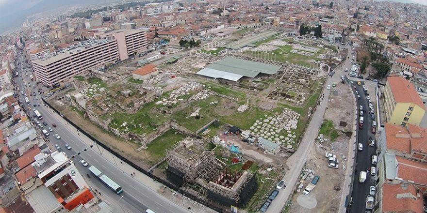 İzmir Büyükşehir, 2 Milyar 114 Milyon Liralık Gayrimenkul Satın Aldı