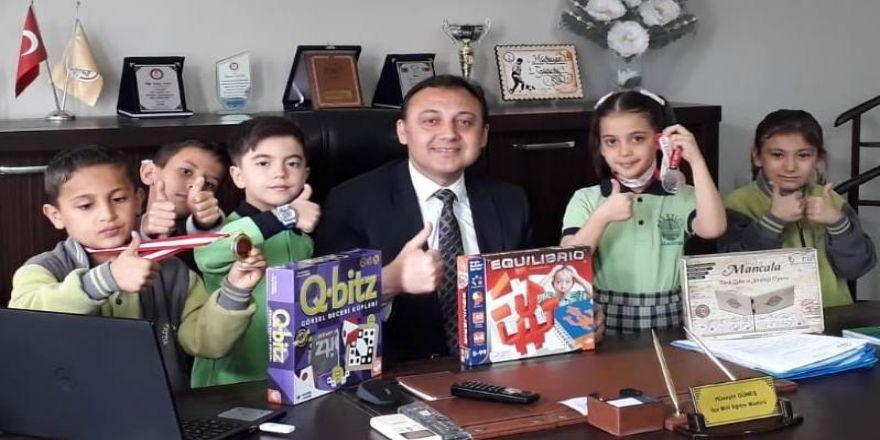 Alaşehir'in Zeki Öğrencilerine İlçe Milli Eğitimden Teşekkür