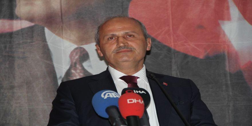 """Bakan Turhan: """"Türkiye'nin Her Tarafı Gece Gündüz İha'larla Kontrol Ediliyor"""""""