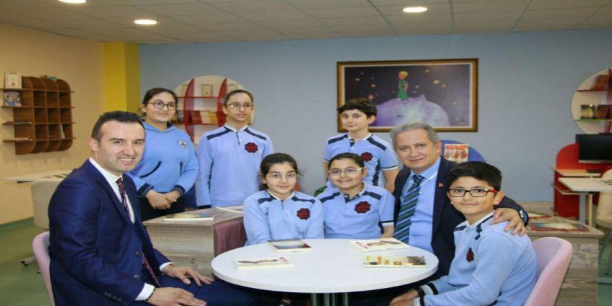 Kadir Has Ortaokulu Z-kütüphane Ve Robotik Kodlama Atölyesi Açılışı Yapıldı