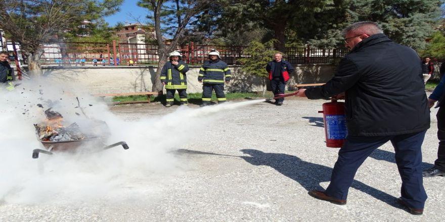Hisarcık Milli Eğitim Müdürlüğünün Yangın Söndürme Ekiplerine Eğitim