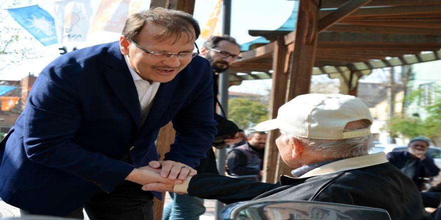 """Çavuşoğlu: """"Biz 'Beka' Dediğimizde Alaya Alanların Kol Kola Olduğu Hdp İse Bu Seçimlerin Bir Belediye Seçimi Olmadığını Açıkladı"""""""