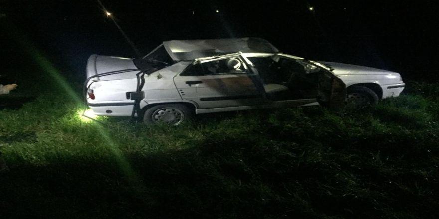 Kontrolden Çıkan Otomobil Takla Attı, 2 Kişi Yaralandı