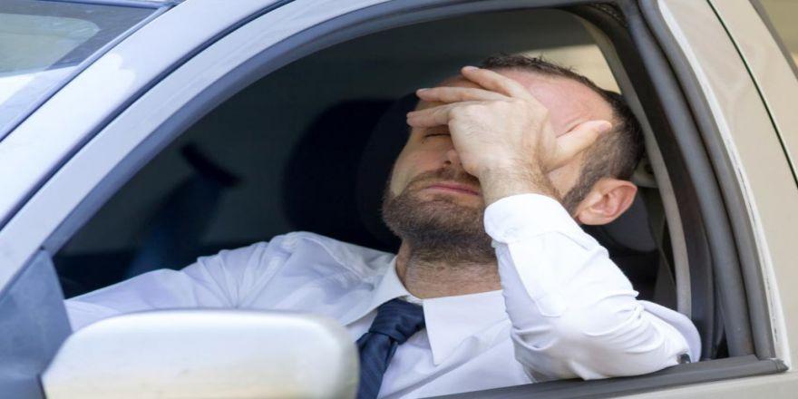 Küme Baş Ağrısı Erkeklerin Başını Ağrıtıyor