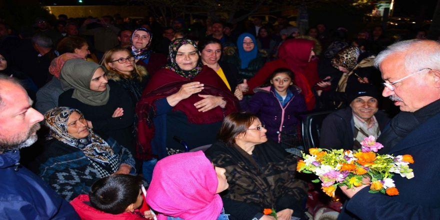 """Ak Partili Hamza Dağ: """"Torbalı İzmir'in Yıldız İlçesi Oldu"""""""