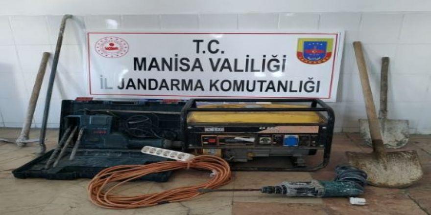 Sit Alanında Kaçak Kazıya Jandarma Baskını: 4 Gözaltı