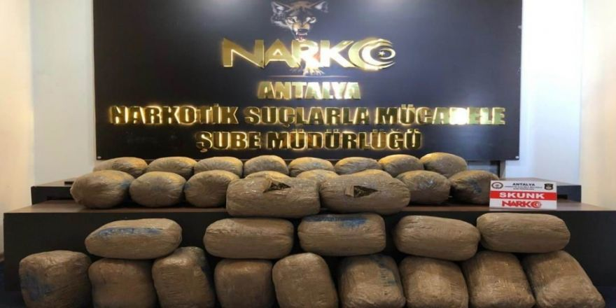 Sebze Kasalarında Uyuşturucu Sevkiyatı Polise Takıldı