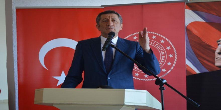 Milli Eğitim Bakanı Selçuk Duyurdu, Eylül'de Ders Sayısı Düşüyor