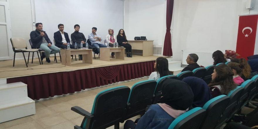 Malazgirt'te 'Mesleki Kariyer Günleri' Etkinliği