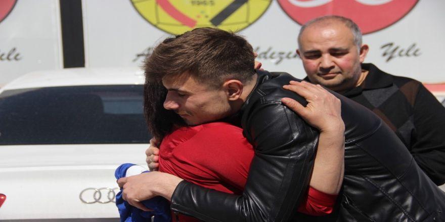 """Dorukhan Toköz, """"Türklerin Yenemeyeceği Takım Yok"""""""