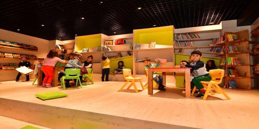 Beylikdüzü Belediyesi İlçeyi Kütüphane İle Donattı
