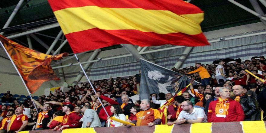 Galatasaray Taraftarından 'Lise' Tepkisi