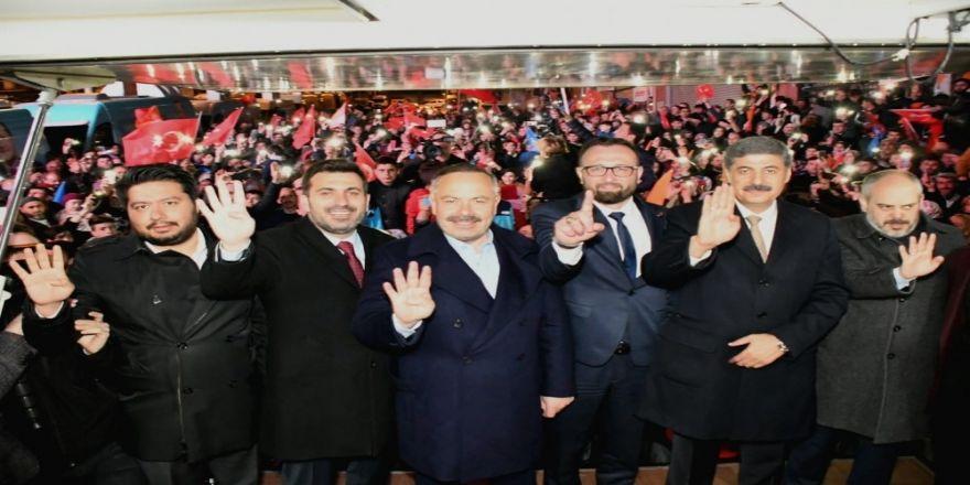 Esenyurt'ta Ak Parti Adayına Destek İstifası