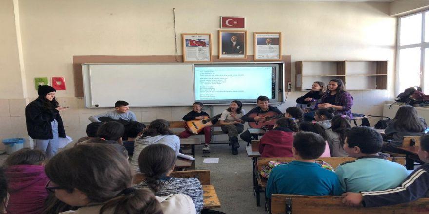 Burhaniye'de Kardeş Okul Projesi