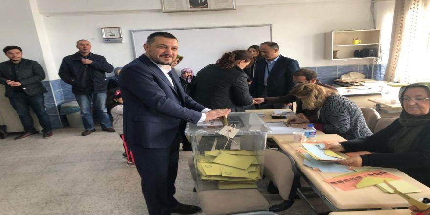 Ak Parti Nevşehir Milletvekili Açıkgöz, Oyunu Kullandı