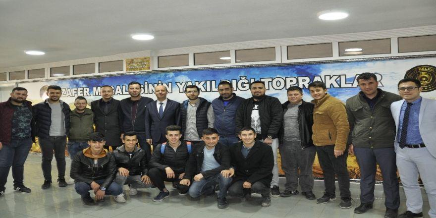 Şuhut Ak Gençlikten Başkan Bozkurt'a Hayırlı Olsun Ziyareti