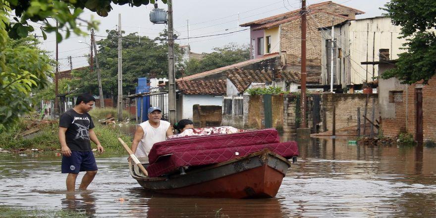 Paraguay'da Sel Felaketi: 20 Bin Kişi Etkilendi