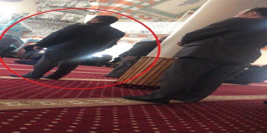 Cezaevi Firarisi, Camide Asayiş Müdürünün Önünde Saf Tutunca Çıkışta Yakalandı
