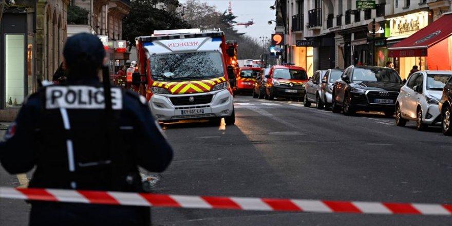 Paris'te korkutan yangın