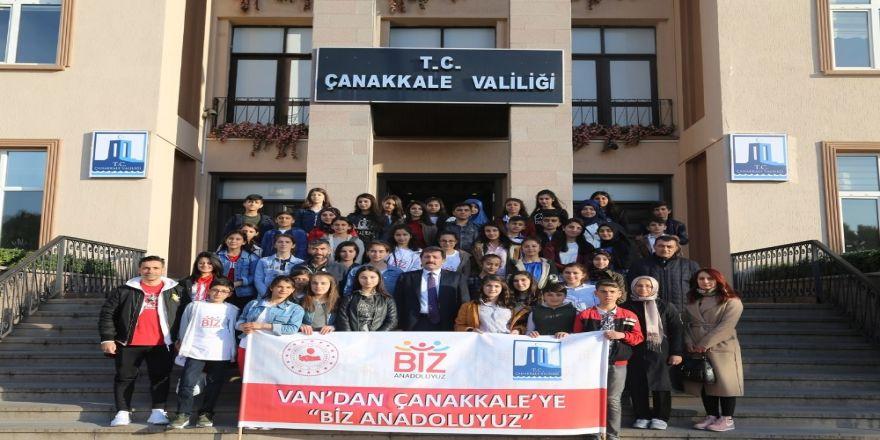 Van'dan Çanakkale'ye 'Biz Anadoluyuz'