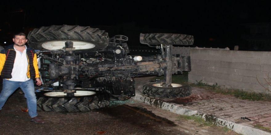 Tekirdağ'da Kamyonet Traktöre Çarptı: 4 Yaralı