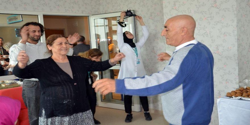 Onkoloji Hastaları Gönüllerince Eğlenip Stres Attı