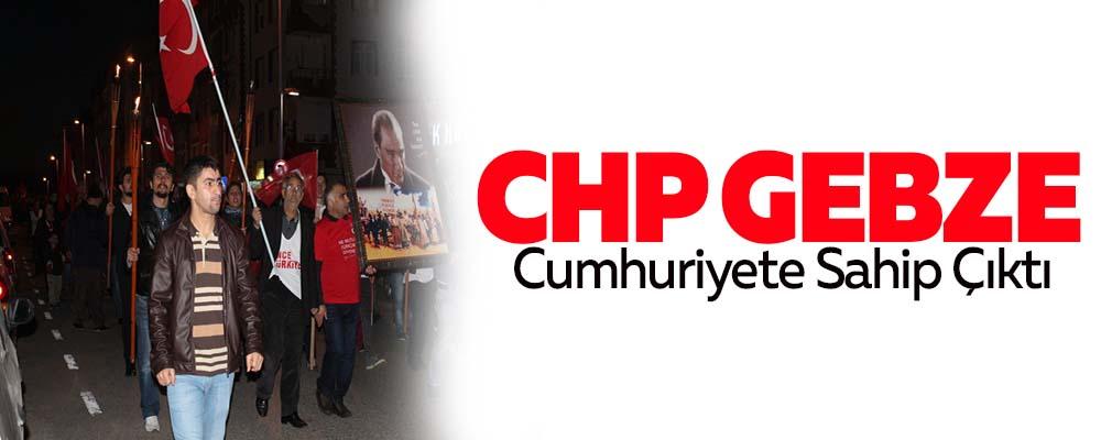 CHP Gebze Cumhuriyete sahip çıktı