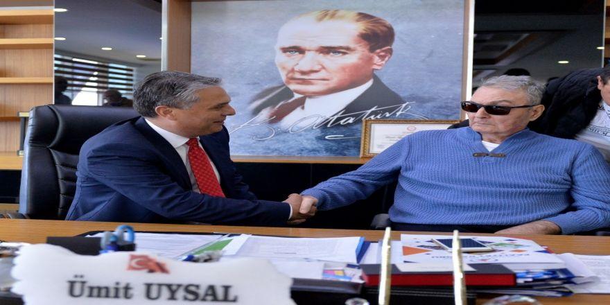 Baykal'dan Uysal'a Tebrik Ziyareti