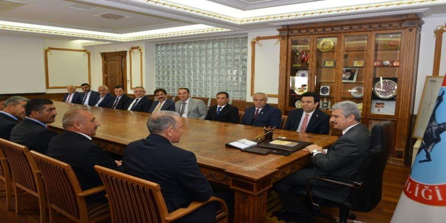 Yeni İl Genel Meclisi Valin Akın'ı Ziyaret Ederek İstişare Toplantısı Yaptı