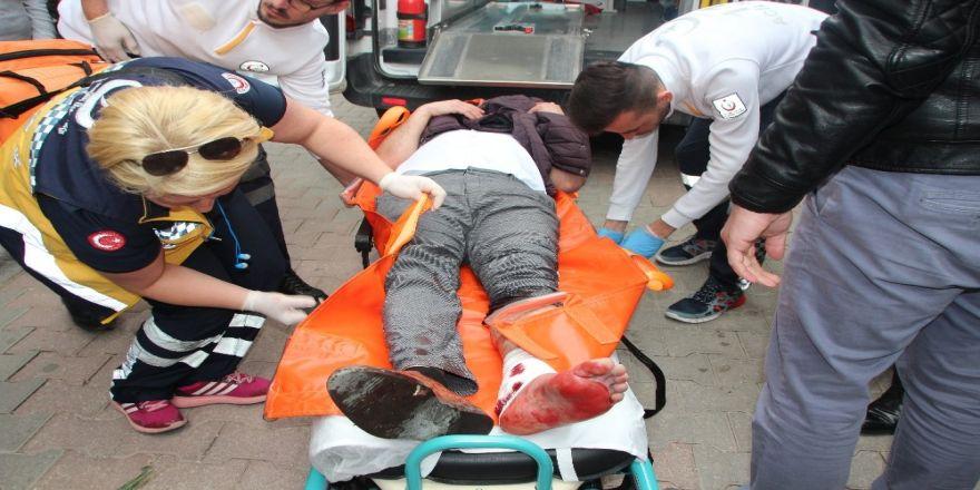 Alacak verecek davasında 3 kişi yaralandı