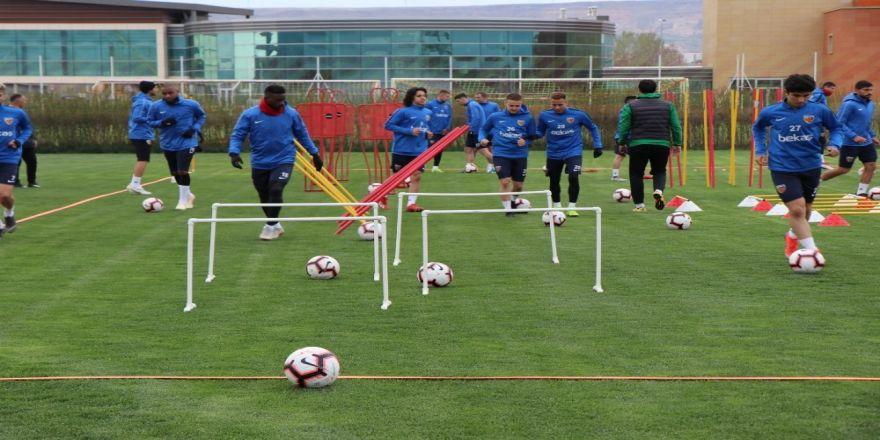 İm Kayserispor'da Galatasaray Mesaisi Devam Ediyor