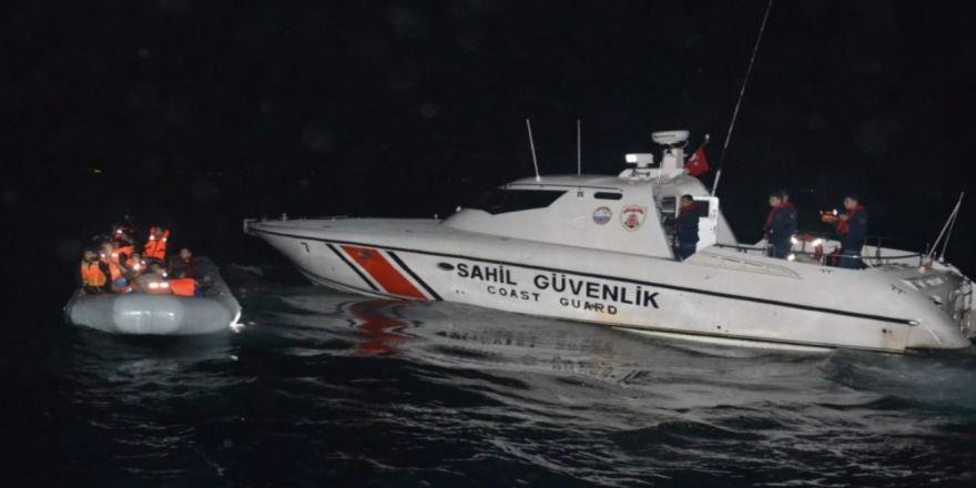Kuşadası Körfezi'nde 44 Kaçak Göçmen Yakalandı