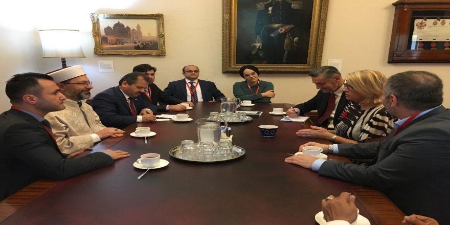 Diyanet İşleri Başkanı Erbaş, Melbourne Belediye Başkanıyla Görüştü