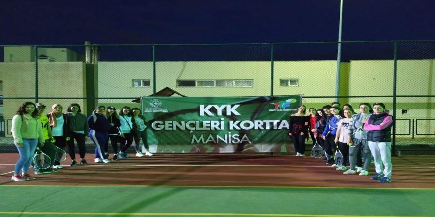 'Kyk Gençleri Kortta' Projesi Manisa'da Başladı