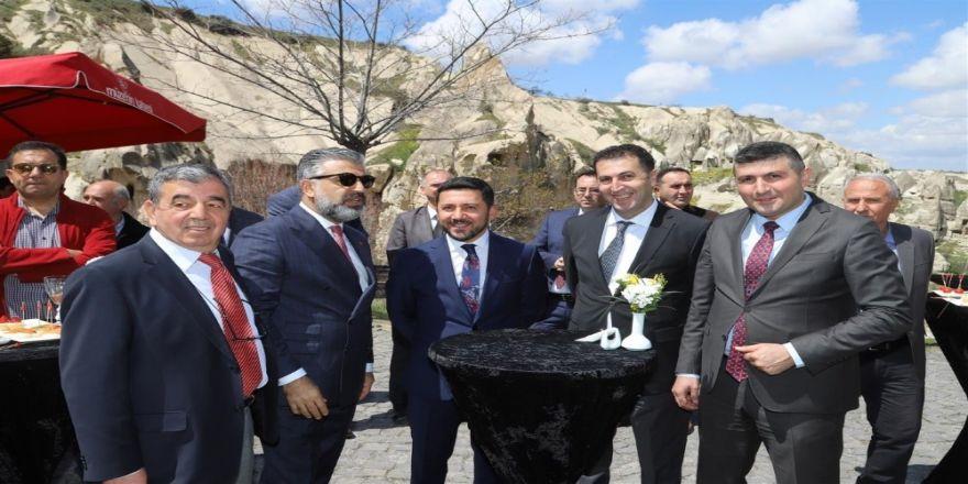 Belediye Başkanı Rasim Arı, Turizm Haftası Kutlamalarına Katıldı