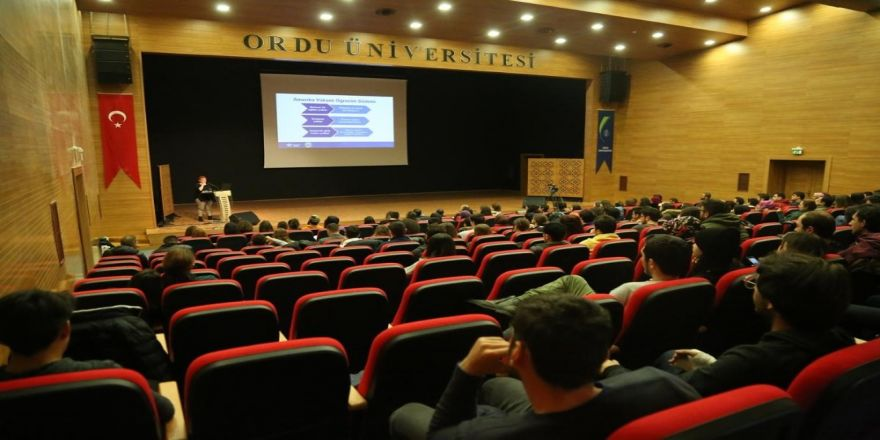 Öğrencilere Abd'deki Eğitim İmkanları Anlatıldı