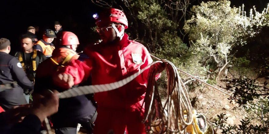 Bursa'da Mağarada Mahsur Kalan 7 Defineciyi Kurtarmak İçin Seferberlik