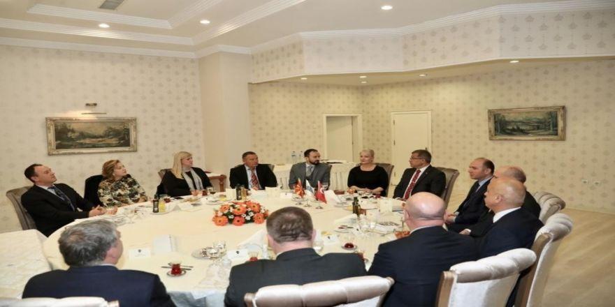 Emniyet Genel Müdürü Uzunkaya Makedonya İçişleri Bakan Yardımcıları İle Bir Araya Geldi