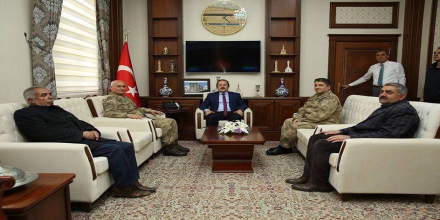 Giresun Jandarma Bölge Komutanı Tuğgeneral Hasan Koçyiğit'ten Vali Pehlivan'a Ziyaret