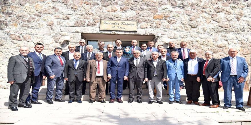 Asım Balcı, mahalle muhtarlarıyla buluştu