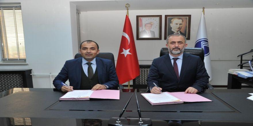 SAÜ'de Mevlana Değişim Programı Protokolü imzalandı