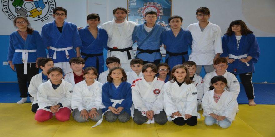 19 Mayıslı Judocular Hız Kesmiyor