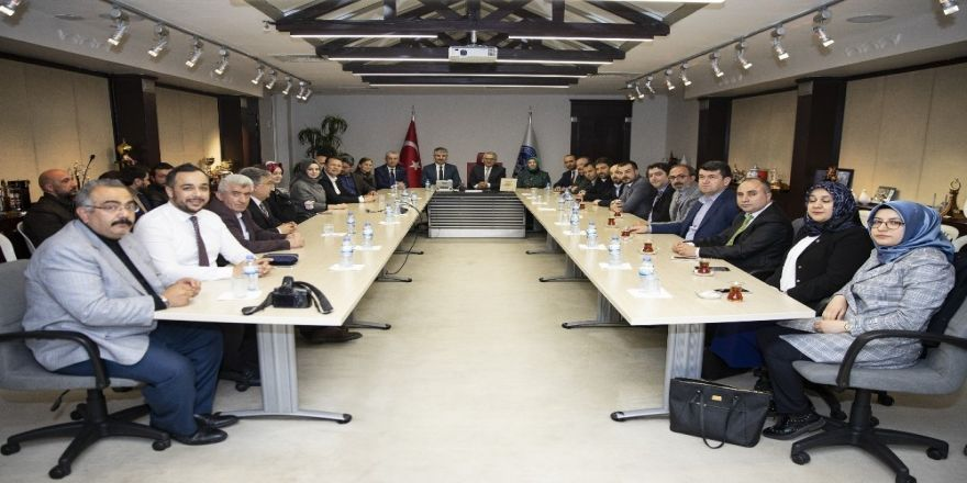 AK Parti İl Teşkilatı, Büyükkılıç'ı ziyaret etti