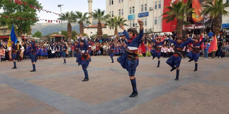Sultanhisar'da 23 Nisan Çocuk Bayramı coşkuyla kutlandı